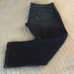 Lucky Brand Distressed Jeans straight leg